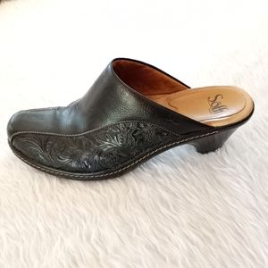 Sofft Embossed Leather Clogs